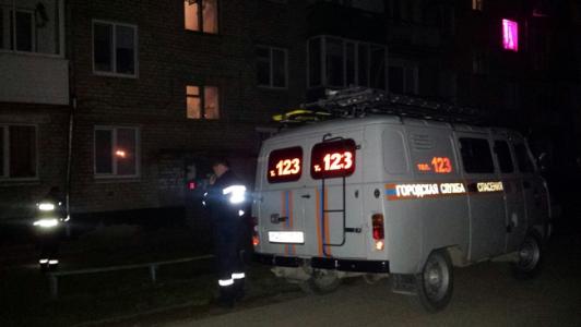 ВКунгуре мужчина разбился насмерть, упав изквартиры напятом этаже