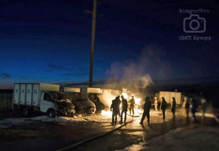 ВКунгуре ночью сгорели десять «Газелей»